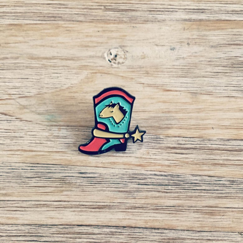 Image of COWBOY BOOT pin
