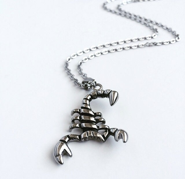 Image of SMALL SCORPION PENDANT
