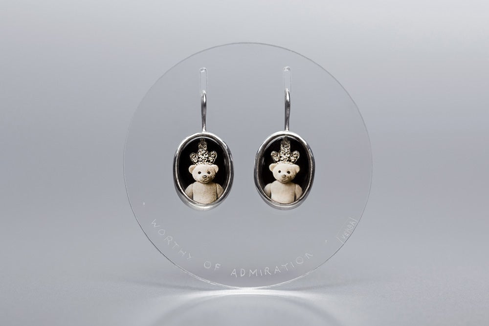 """Image of """"Worthy of admiration"""" teddy-bears silver earrings with photo, rock crystal  · DIGNUS ADORARI ·"""