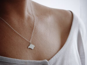 Image of Women's Isle of Wight pendant necklace