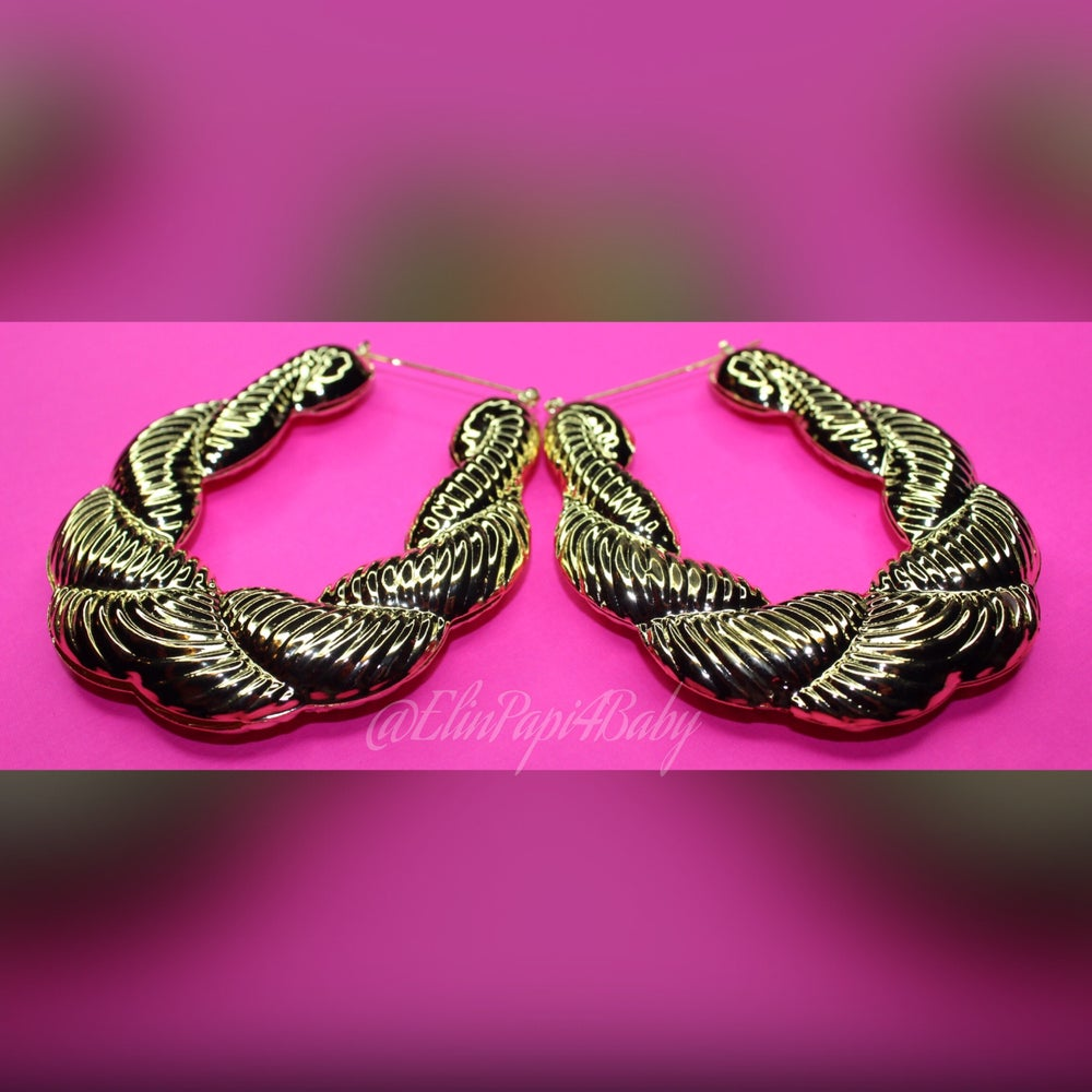 Image of Twisted Round Bamboo Hoops