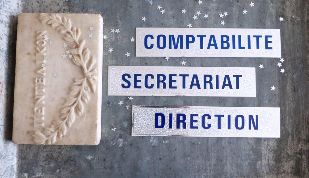 Image of Plaques de porte en carton aluminisé