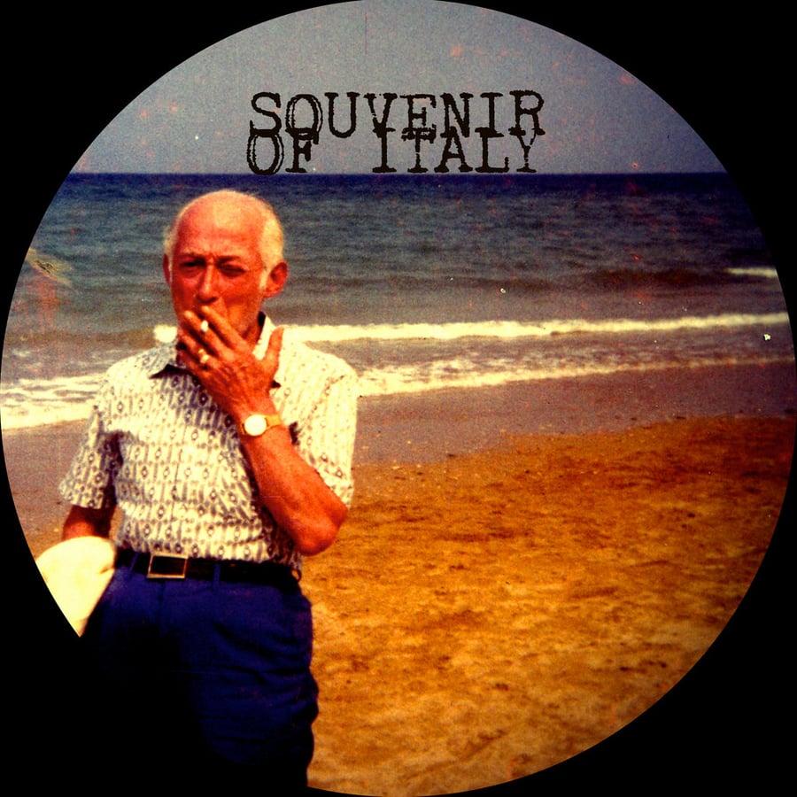 Image of GustoForte: Souvenir Of Italy - La Merda Che Fuma