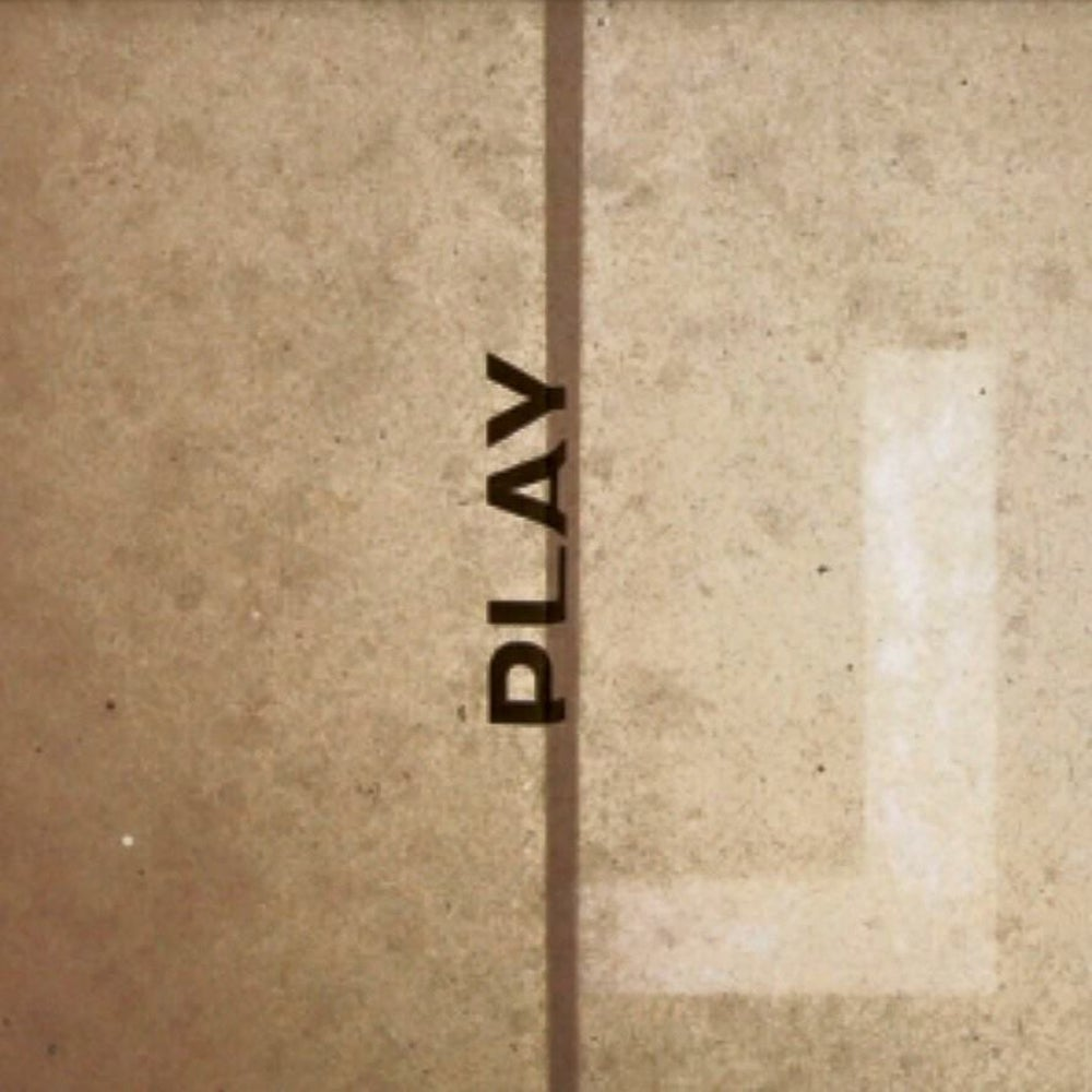 "Image of LARSEN ""Play"""
