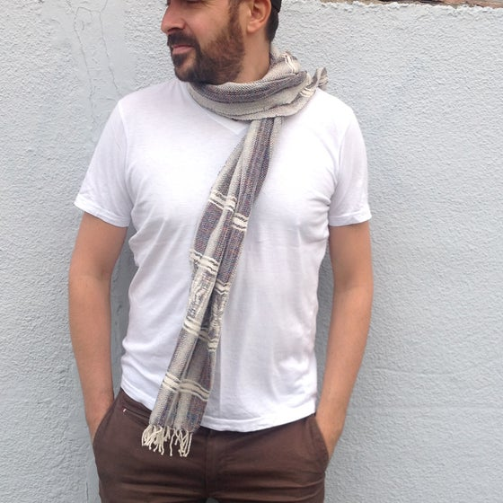 Image of Collection homme - Écharpe grise #1 / For men - Grey scarf #1