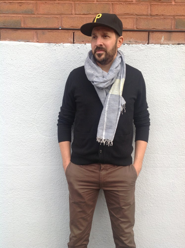 Image of Collection homme - Écharpe bleu et jaune / For men - blue and yellow scarf
