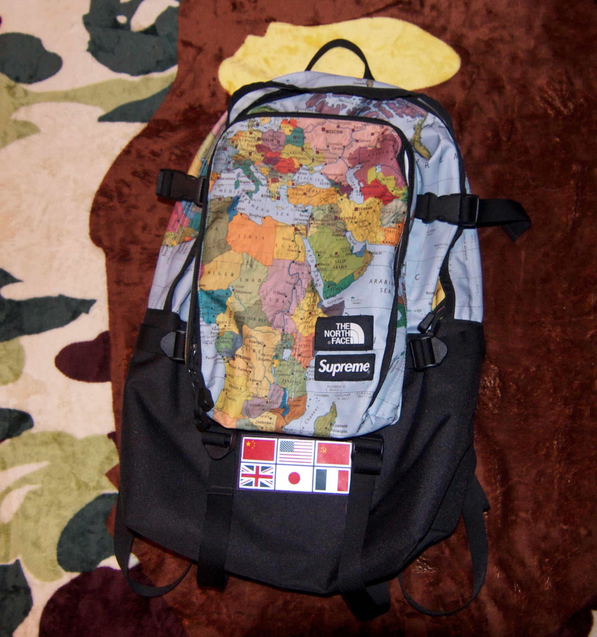 2f2ba0e98 Supreme x The North Face Expedition Medium Day Pack Backpack