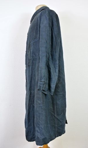 "Image of 1900's FRENCH INDIGO LINEN ""blouse de maquignon"" COAT DARNED 1"