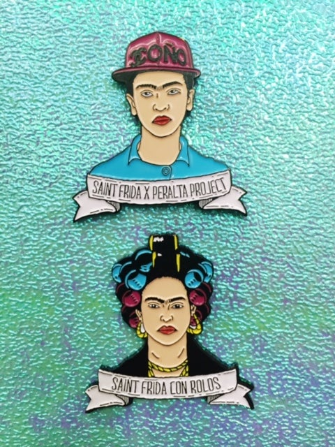 Image of Saint Frida Con Rollos