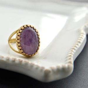 Image of Amethystos - Gold Amesthyst Ring