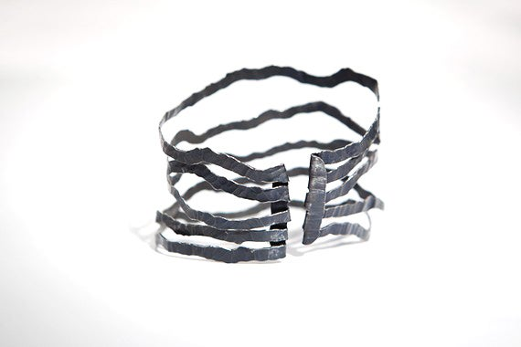 Image of Nouvelles Vagues, Bracelet in Fairmined oxidised silver
