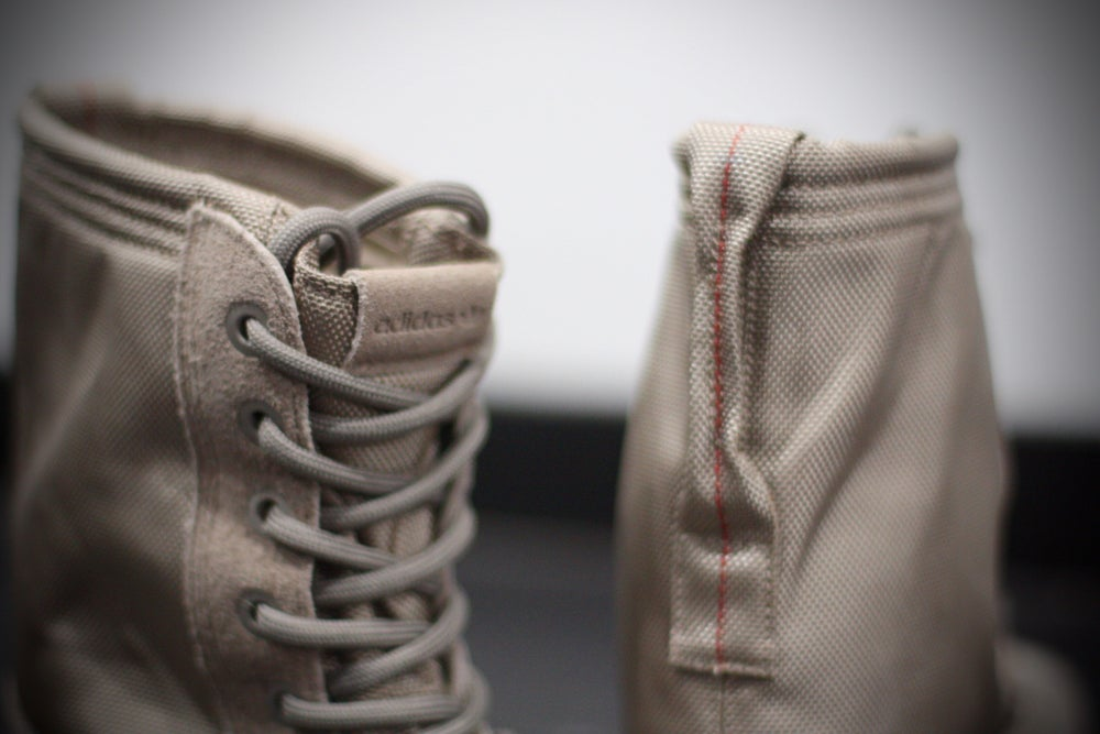"Image of ADIDAS X YEEZY 950 WMNS SEASON 1 ""MOONROCK"""