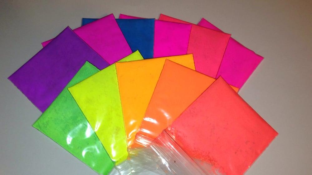 Image of Fluorescent Pigment Sampler