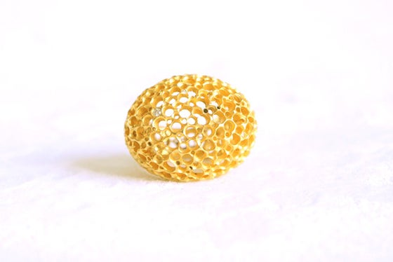 Image of Écume, Ring in recycled gold 18k with white traceable diamonds