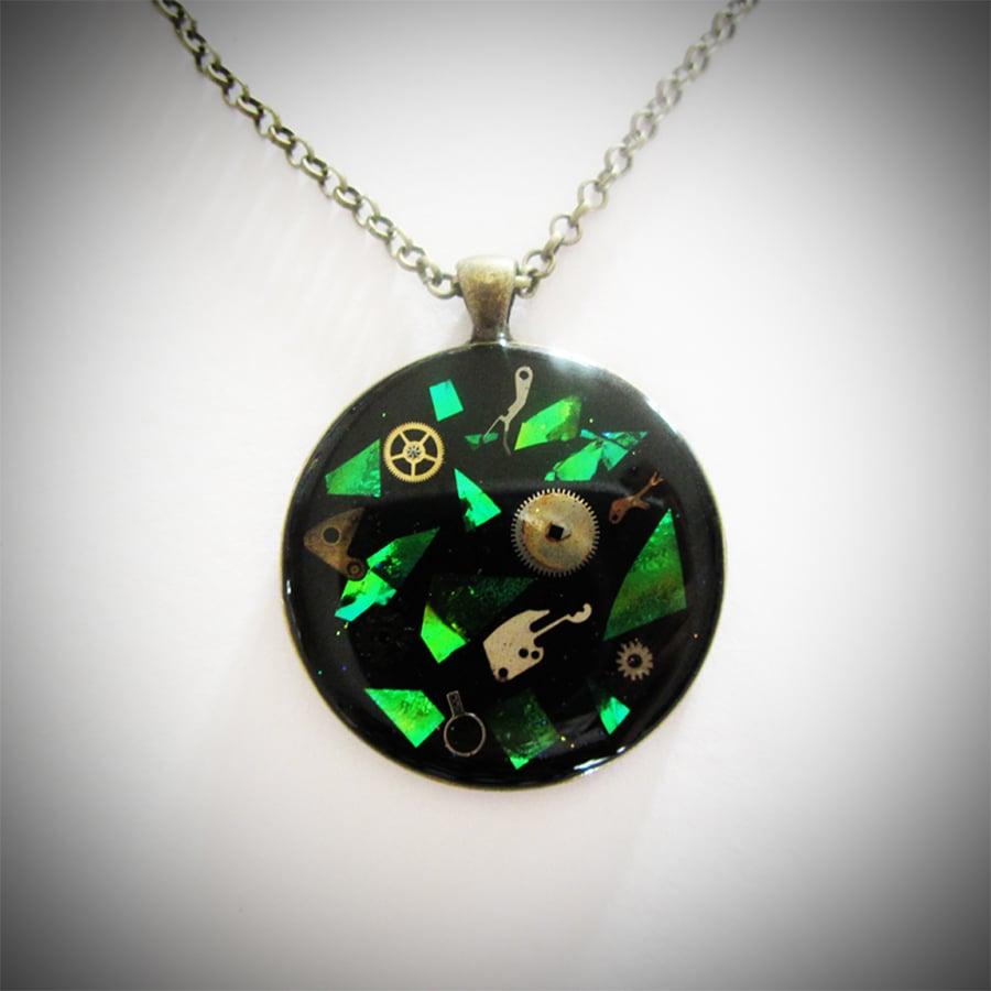 Image of Emerald Steampunk Round Bronze Pendant