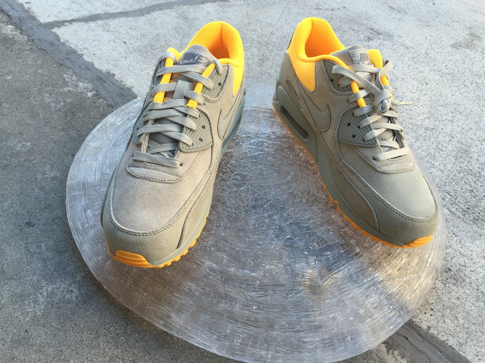 Image of AIR MAX 90 PREMIUM