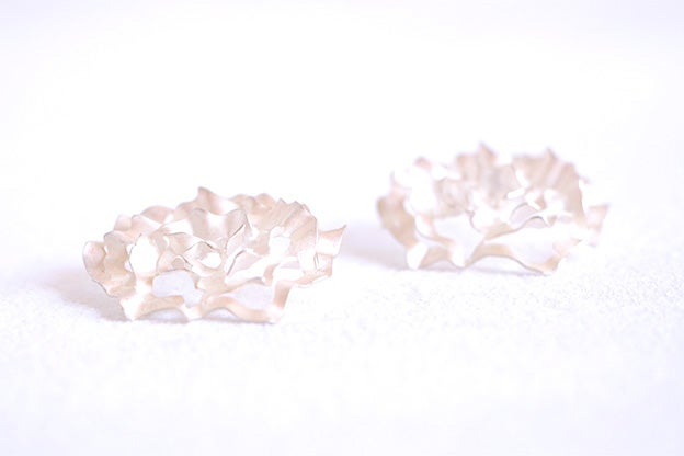 Image of Ethereal roses, Earrings in Fairmined silver