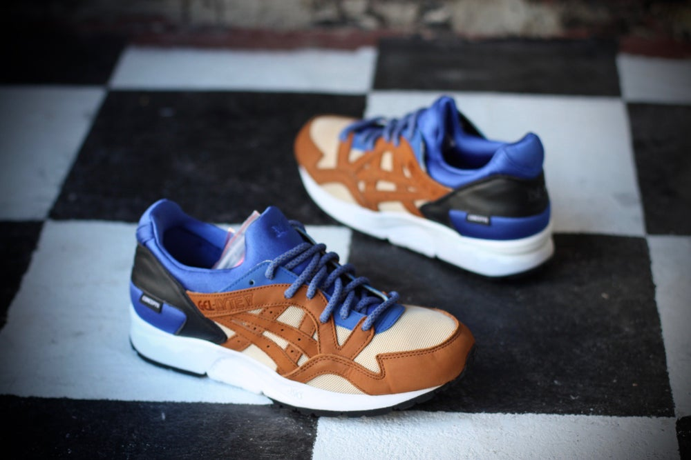"Image of ASICS GEL LYTE V X CONCEPTS ""MIX & MATCH"" ROYAL BLUE"