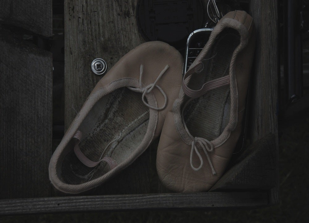 Image of LINE+LIV postcard ° ballet shoes