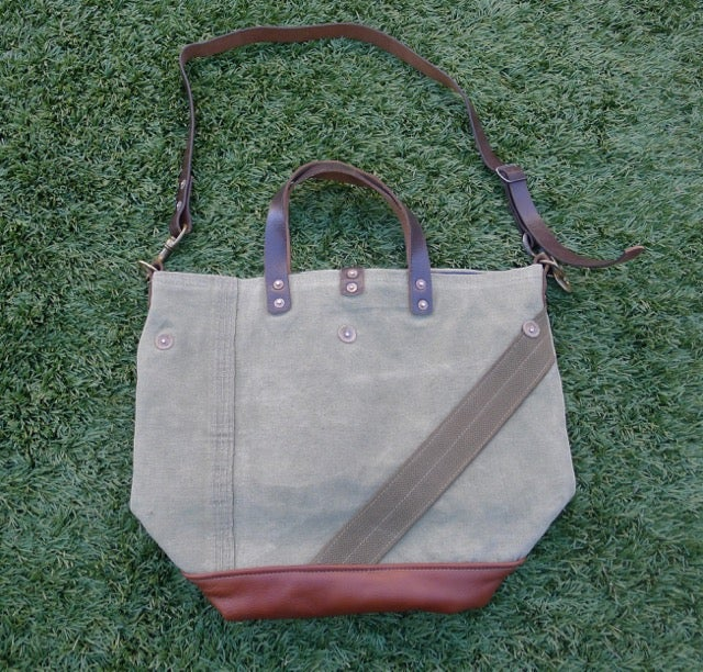 Image of VINTAGE MILITARY CANVAS AND LEATHER BUCKET TOTE BAG #3