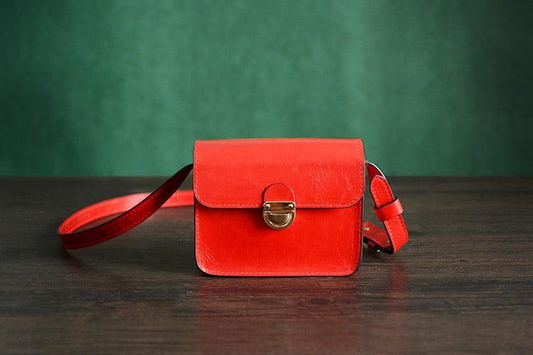 Image of Custom Handmade Italian Vegetable Tanned Leather Satchel, Messenger Shoulder Bag For Women D031