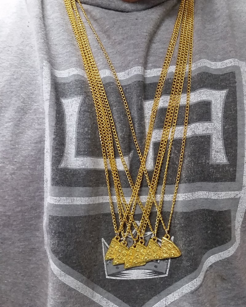 Image of GOLDEN AND SILVER SLICE SINGLE SQUAD CHAIN