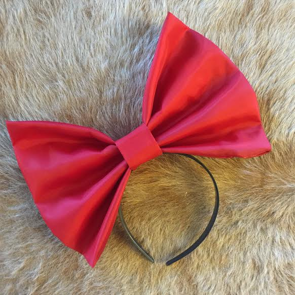 "Image of ""KNOCKOUT"" Hair Bow *Handmade by Millionaires*"