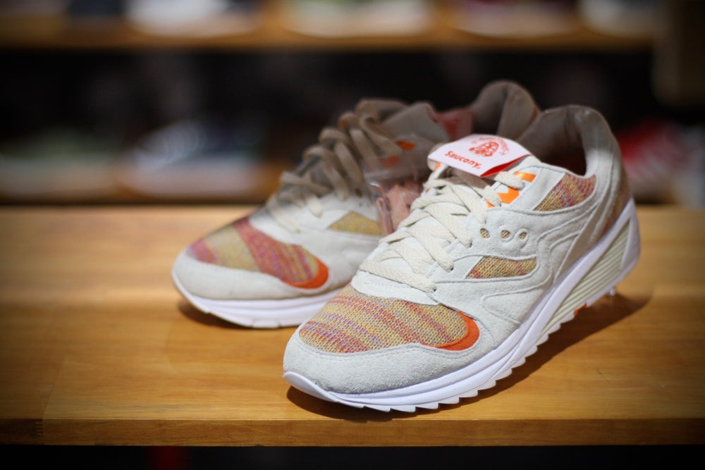 "Image of SAUCONY GRID 8000 X BEAMS X FOOTPATROL ""ONLY IN TOKYO"""