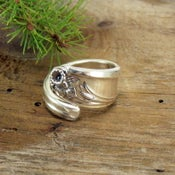 "Image of ""Daffodil"" Spoon Ring"