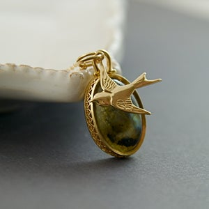 Image of Birdie - Gold Fill Bird Labradorite Necklace