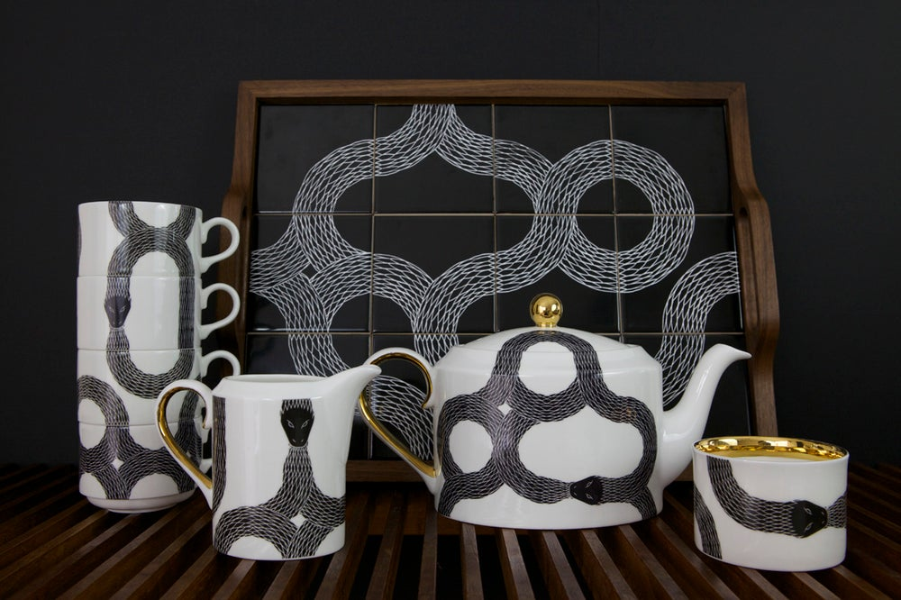 Image of Ouroboros Complete Tea Set