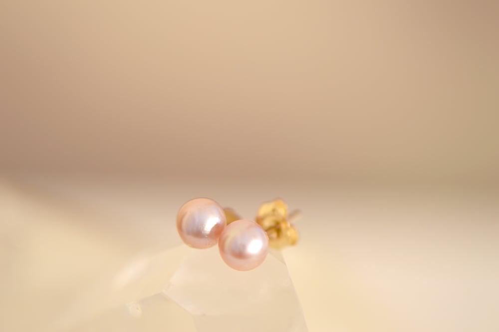 Image of Light Pink Fresh Water Pearl Stud Earrings