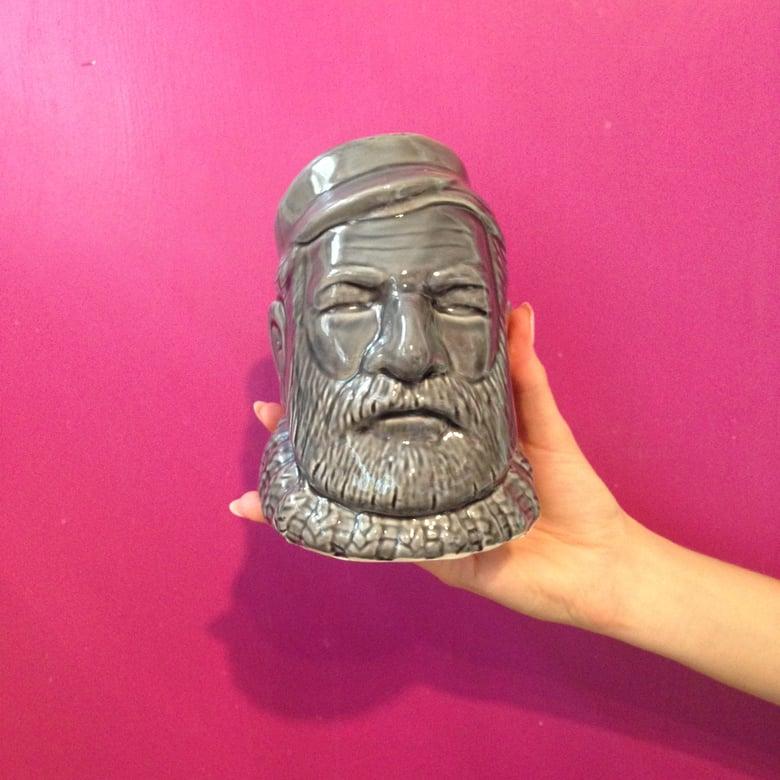 "Image of ""Hemingway"""