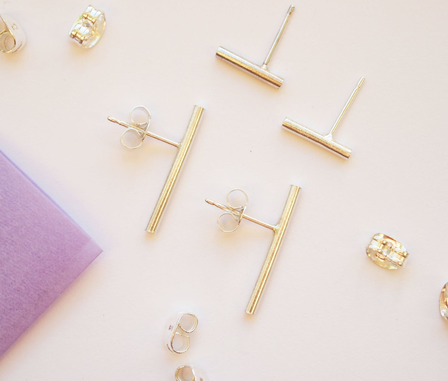 Image of round bar studs