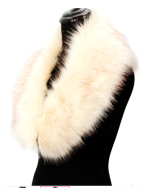 Image of White Faux Fur Collar