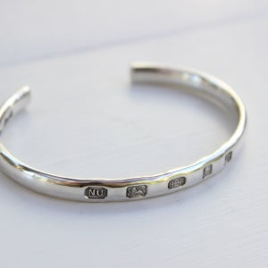 Image of men's silver ingot bangle (medium weight)