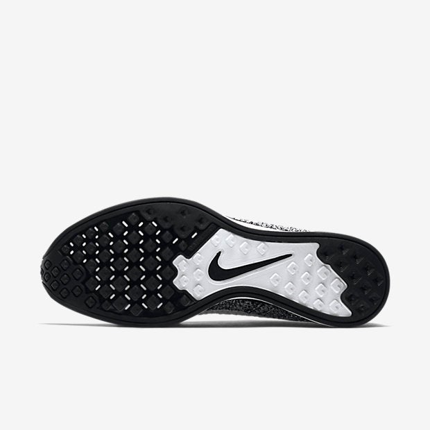 Image of Nike Flyknit Racer Oreo 2.0