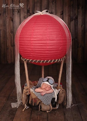 "Image of Get 3 FREE BALLOONS! ""Little One's"" Hot Air Balloon Basket with 3 Sand Bags ~"