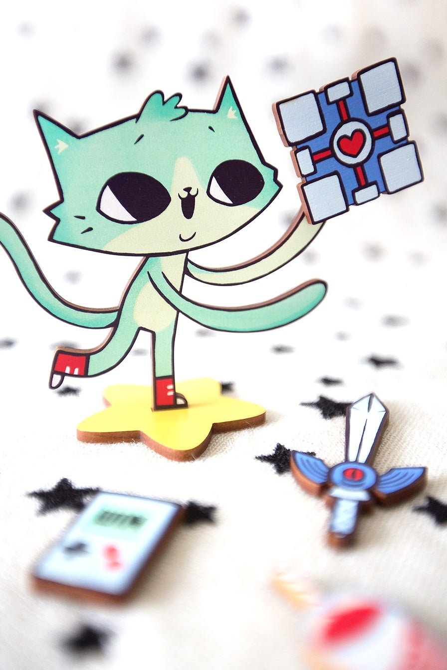 Too-dee the Gamer Kitty Magnetic Toy