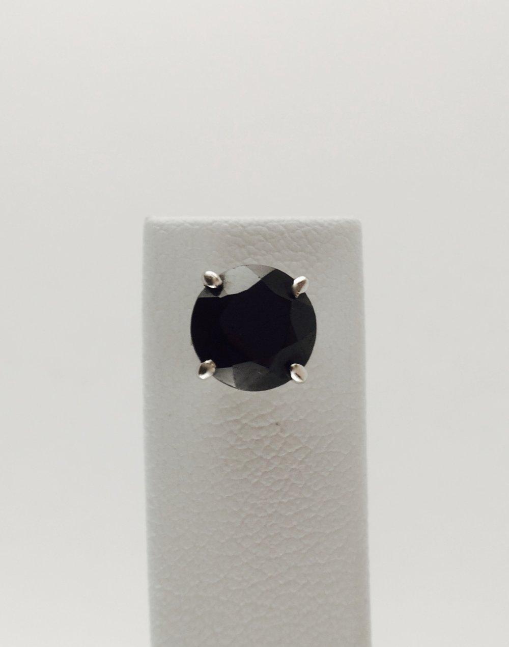 Image of Round Earring Stud Set