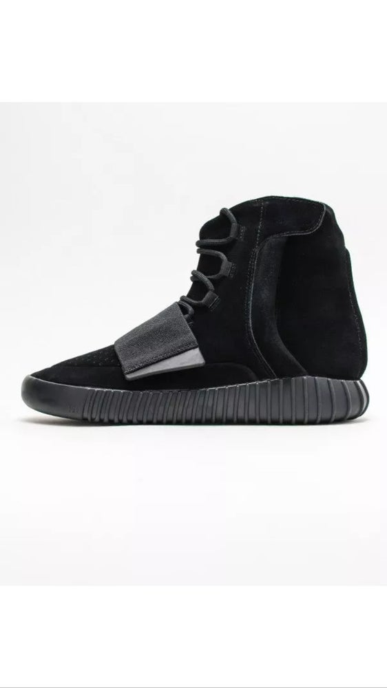 the latest a74e1 22989 Adidas Yeezy Boost 750