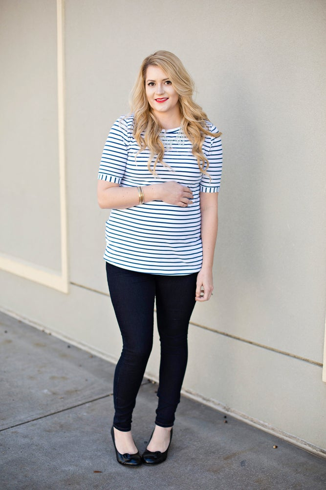 Image of the BLAIR essential maternity tee