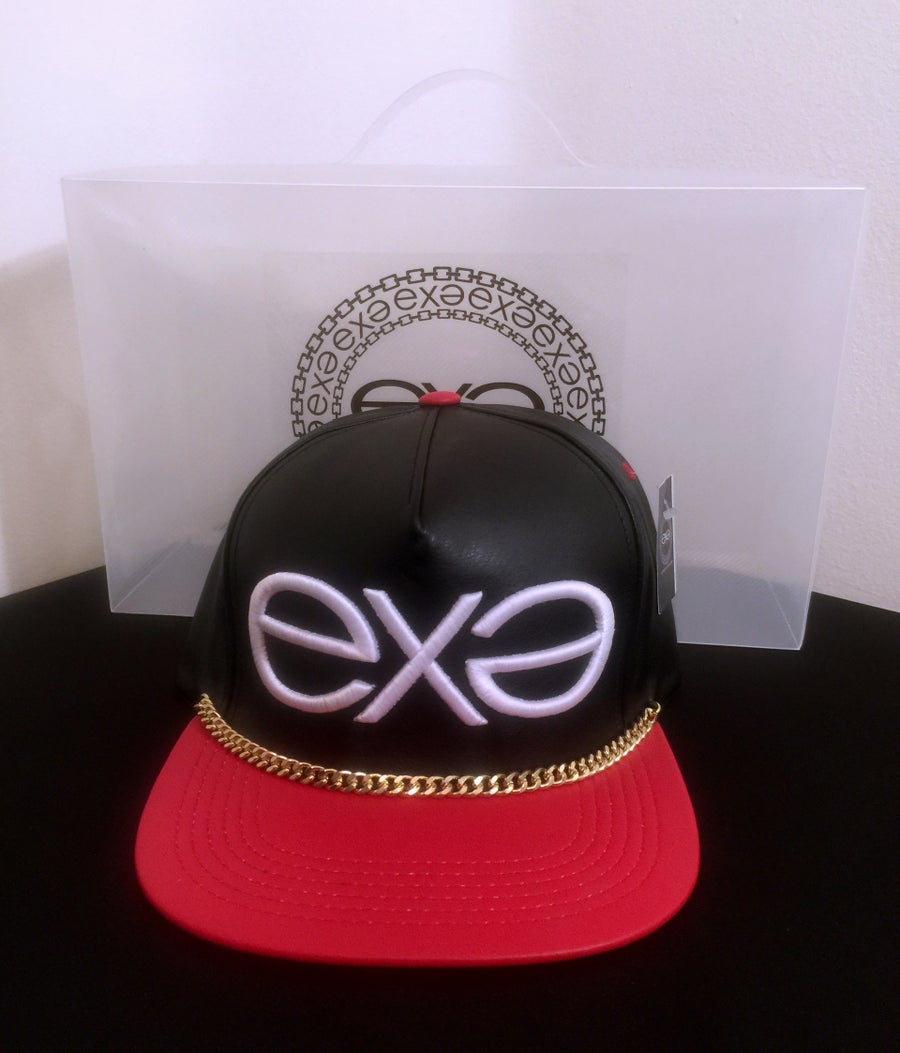 Image of EXPRESSION 06 EVOLUTION - Luxury Headwear - Black and Red with Gold Chain