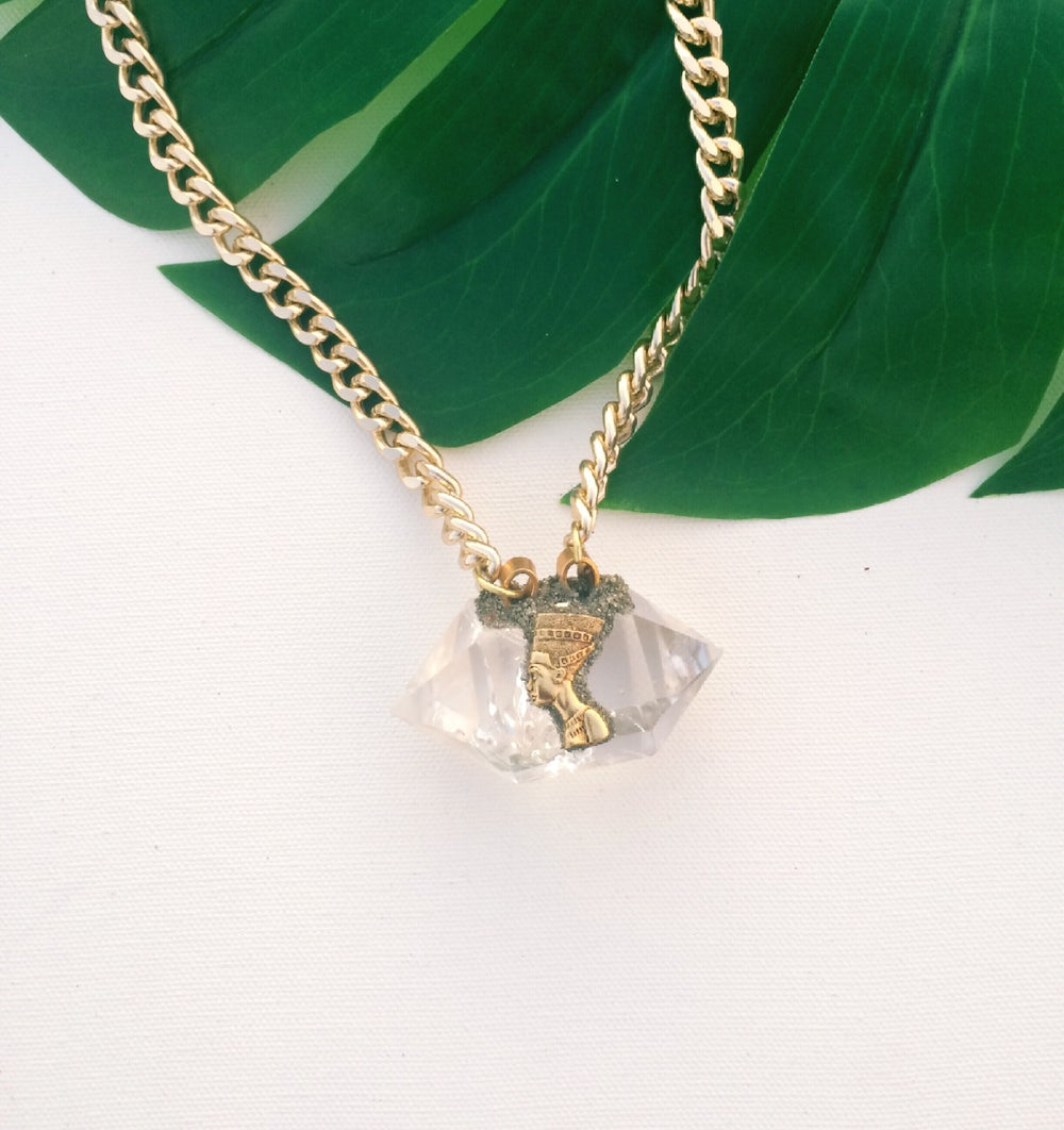 Image of AVA Quartz Necklace