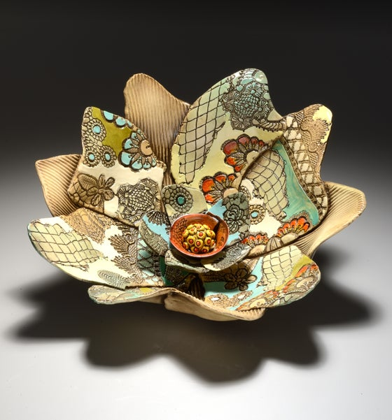 Image of Bowl in Movement With Flower