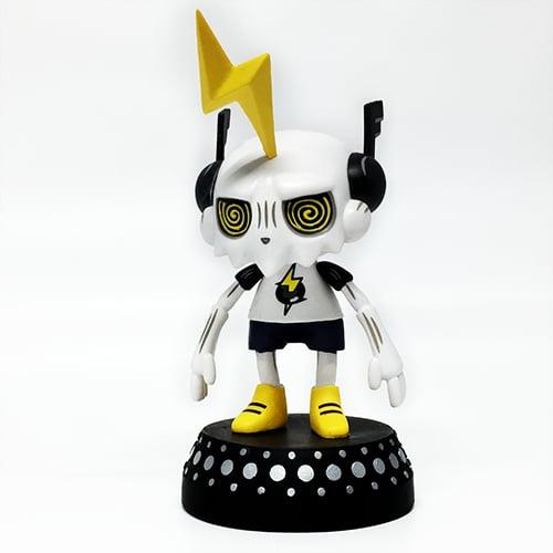 Image of DJ Trakkz vinyl art toy for turntables