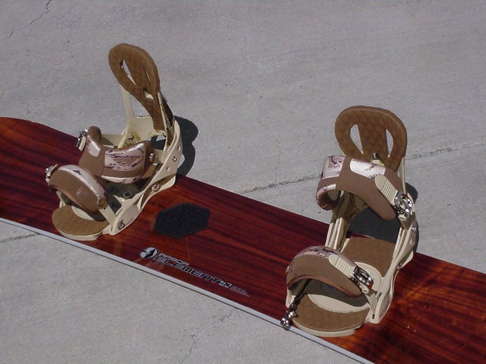 Image of Arbor Element 167cm Snowboard with Burton Custom xl Bindings
