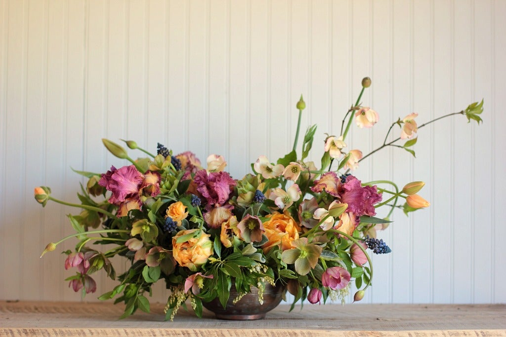 Image of Floral Fundamentals Workshop :: SPILLING OVER SPRING CENTERPIECES
