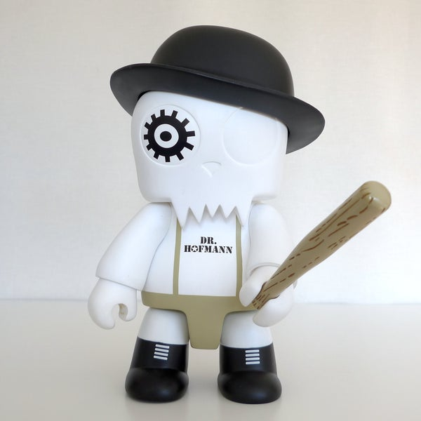 Image of Dr. Hofmann QEE TOY2R only for FOLLOWERS - Limited Edition