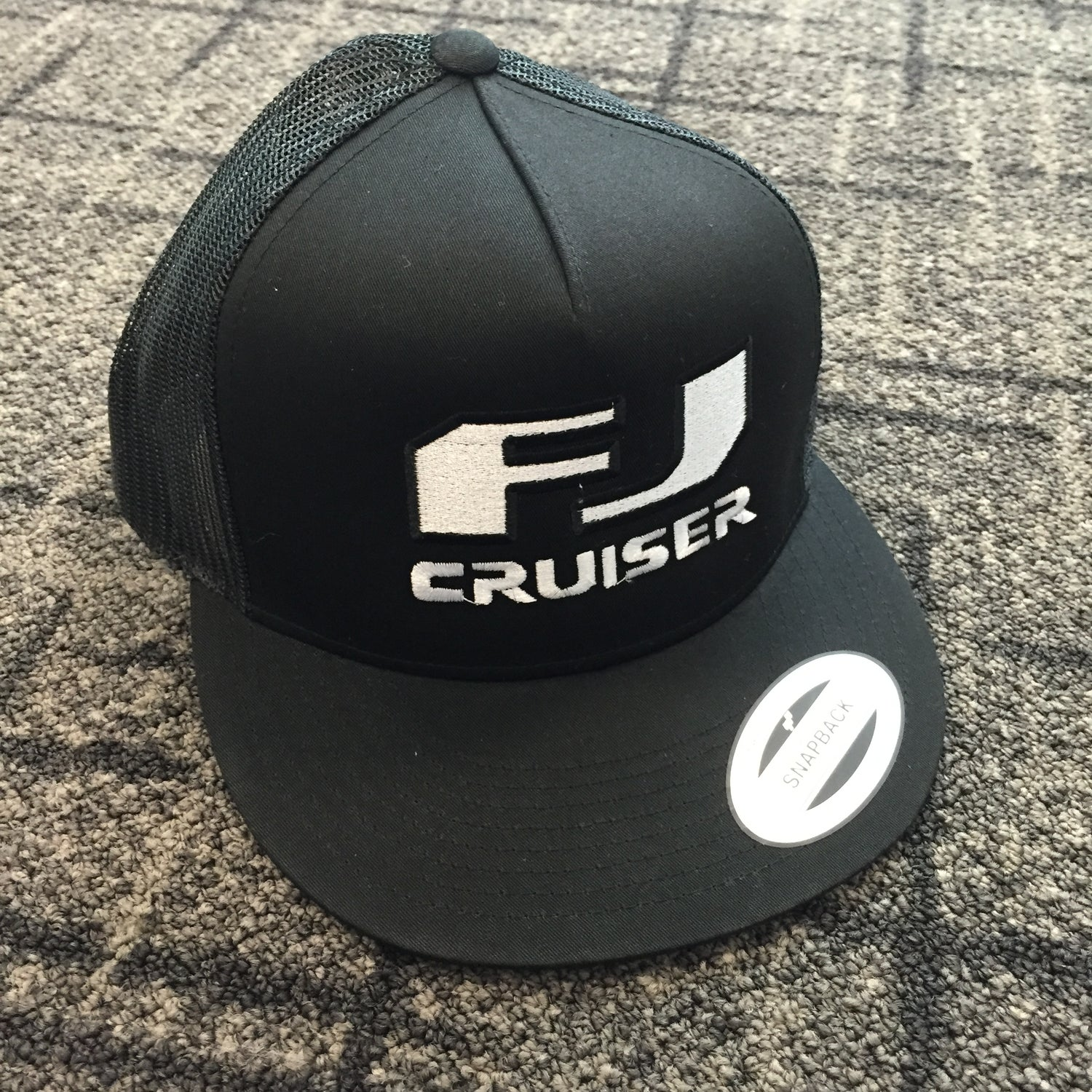 Image of FJ Cruiser Logo Hat